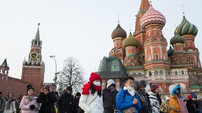 Từ ngày 20/2 mọi công dân Trung Quốc sẽ bị cấm nhập cảnh Nga (Ảnh: Reuters)