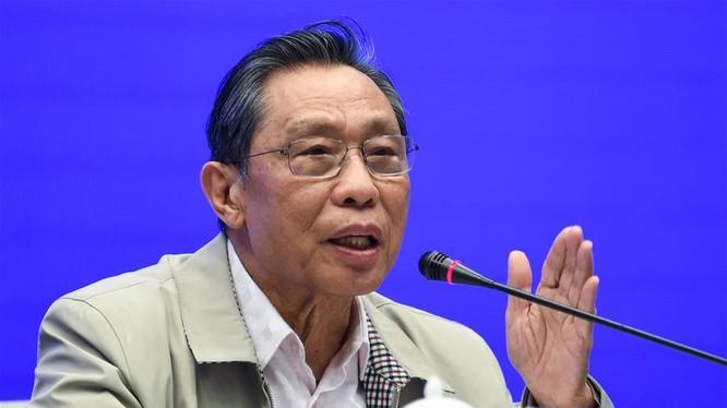 Viện sỹ Chung Nam Sơn, chuyên gia hàng đầu về bệnh truyền nhiễm Trung Quốc, người được cho là có tiếng nói quyền uy trong giới y tế Trung Quốc (Ảnh: Tân Hoa xã)