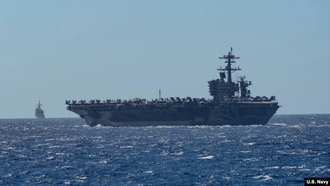 Tàu USS Theodore Roosevelt trên Biển Đông hồi tháng 2/2020 (Ảnh: USNavy).