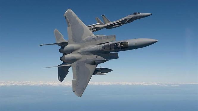 Đã có tới 290 phi công Mỹ bị nhiễm COVID-19, ảnh hưởng tới tới hoạt động của Không quân (Ảnh: China Times).