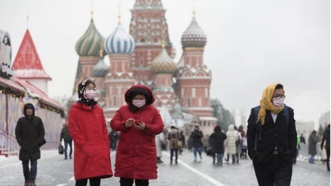 Nga đã trục xuất 80 công dân Trung Quốc vi phạm quy định cách ly chống dịch về nước (Ảnh: supermedia)