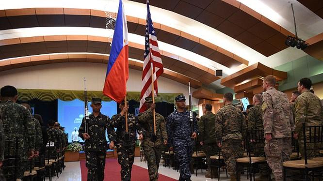 Các hoạt động hợp tác quân sự giữa Mỹ và Philippines sẽ tiếp tục với việc Philippines thay đổi lập trường chấm dứt VFA trước đây (Ảnh: Đa Chiều).