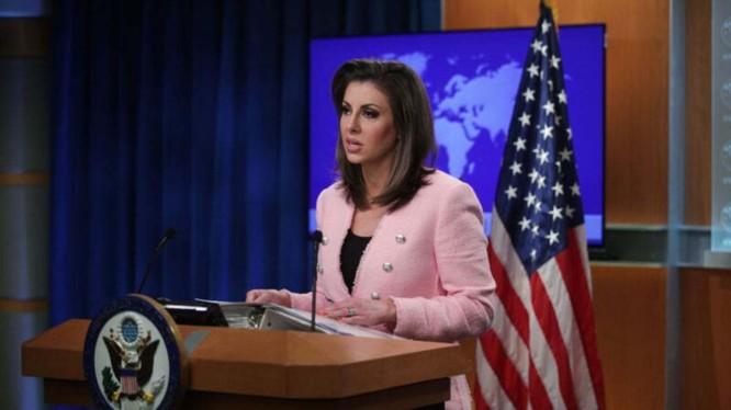 Người phát ngôn Bộ Ngoại giao Hoa Kỳ, bà Morgan Ortagus tuyên bố Mỹ chấm dứt 3 hiệp định song phương với Hồng Kông do Trung Quốc ban bố và thực thi Luật An ninh Quốc gia cho Hồng Kông (Ảnh: Getty).