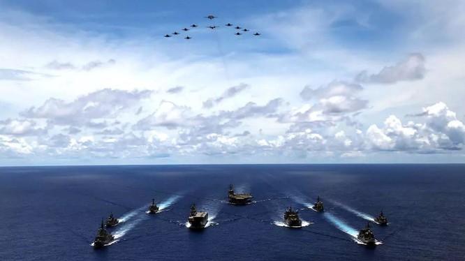 Quân đội Mỹ ngày càng tăng cường sự có mặt trong khu vực để kiềm chế các hành động của PLA (Ảnh: US Navy).