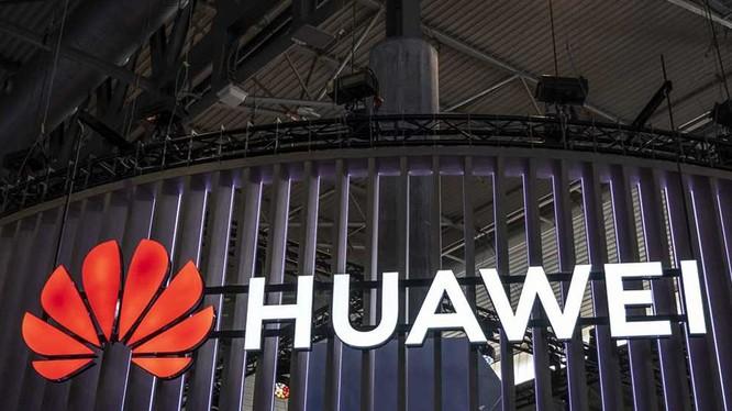 Lệnh cấm chíp của Mỹ đã đẩy Huawei vào tình trạng khốn đốn (Ảnh: Đa Chiều).