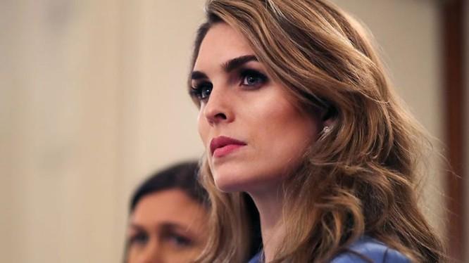 Hope Hicks, trợ lý cấp cao của Tổng thống Donald Trump bị nhiễm virus Corona mới, vợ chồng ông Trump phải cách ly (Ảnh: Đa Chiều).