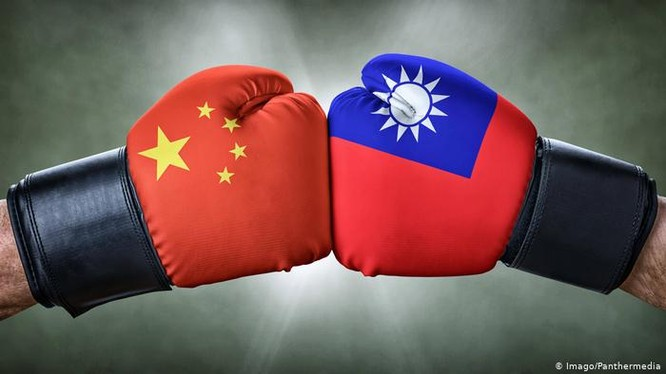Liệu bài báo trên Nhân dân Nhật báo hôm 15/10 có phải là tín hiệu chiến tranh giữa Đại Lục và Đài Loan? (Ảnh: Deutsche Welle)