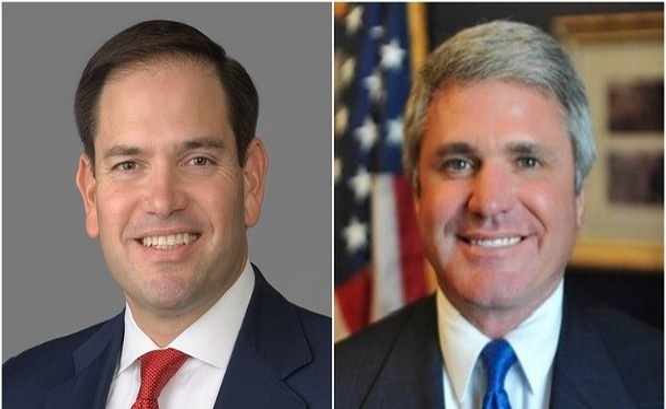 Hai Thượng nghị sĩ Cộng hòa Marco Rubio (trái) và Thượng nghị sĩ đảng Dân chủ Jeff Merkley đã cùng nhau đề xuất Đạo luật tăng cường quan hệ với Đài Loan (Ảnh: Dongfang).