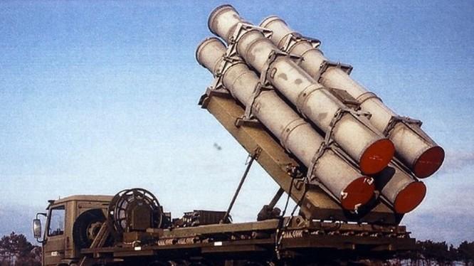100 hệ thống tên lửa Harpoon bờ đối hạm trị giá 2,37 tỷ USD đã được Bộ Ngoại giao Mỹ phê duyệt bán cho Đài Loan hôm 26/10 khiến Trung Quốc tức tối (Ảnh: Dongfang).