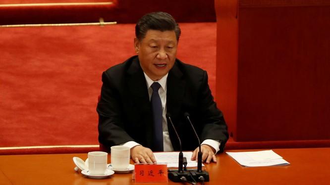 """Hôm 23/10, ông Tập Cận Bình phát biểu tại lễ kỉ 70 năm """"kháng Mỹ viện Triều"""" đã mạnh mẽ chỉ trích Mỹ và Đài Loan (Ảnh: Tân Hoa xã)."""