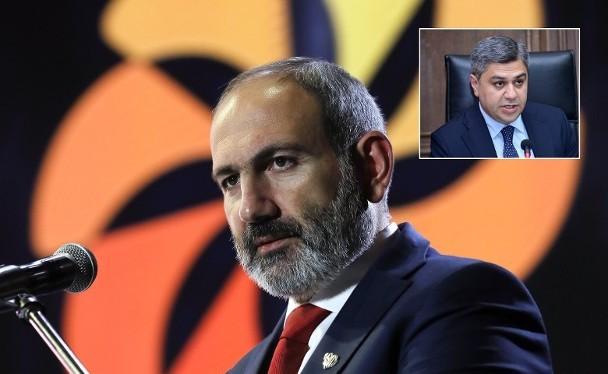 Thủ tướng Nikol Pashinyan và người bị cho là âm mưu sát hại ông, cựu Cục trưởng An ninh Quốc gia Artur Vanetsyan (Ảnh: Getty)