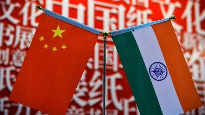 Việc Trung Quốc hủy bỏ kế hoạch phát hành bộ tem kỉ niệm 70 năm thiết lập quan hệ ngoại giao giữa Trung Quốc và Ấn Độ khiến quan hệ hai bên căng thẳng thêm (Ảnh: AFP).