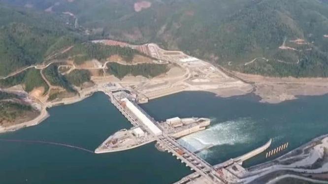 """Dự án """"Mekong Dam Monitor"""" (Giám sát đập Mekong) do Bộ Ngoại giao Mỹ tài trợ đã được khởi động vào thứ Hai (14/12), sử dụng dữ liệu vệ tinh để theo dõi mực nước của các đập do Trung Quốc xây dựng (Ảnh: mekongeye.com)."""