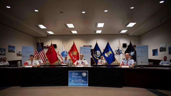 Đoàn đại biểu Mỹ có mặt để dự hội nghị trực tuyến MMCA, nhưng đoàn PLA đã không tham dự (Ảnh: pacom).