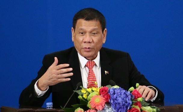 Ngày 26/12, Tổng thống Philippines Duterte dọa sẽ hủy bỏ thỏa thuận quân sự với Mỹ nếu Mỹ không cung cấp vaccine COVID-19 (Ảnh: Getty).