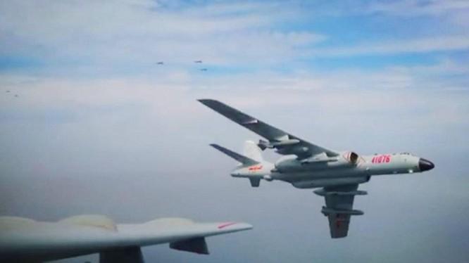 Quân đội Trung Quốc liên tục cho máy bay bay vào vùng nhận diện phòng không Tây Nam Đài Loan để gây sức ép quân sự (Ảnh: Dwnews).