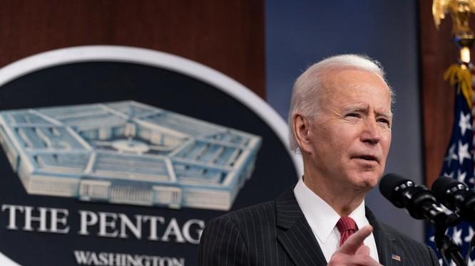 Ngày 10/2, khi đến thăm Lầu Năm Góc, Tổng thống Joe Biden đã tuyên bố thành lập nhóm công tác quân sự đặc biệt về Trung Quốc (Ảnh: RTHK).