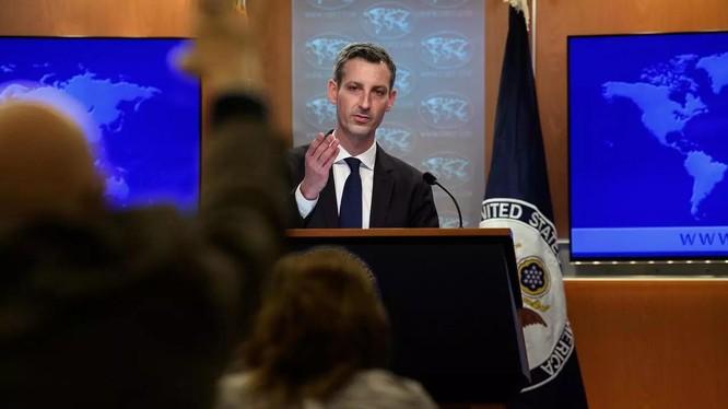 Ng]ời phát ngôn Bộ Ngoại giao Mỹ Ned Price lo ngại Luật Hải cảnh mới của Trung Quốc làm trầm trọng thêm tranh chấp trên biển với các nước láng giềng (Ảnh: Reuters).