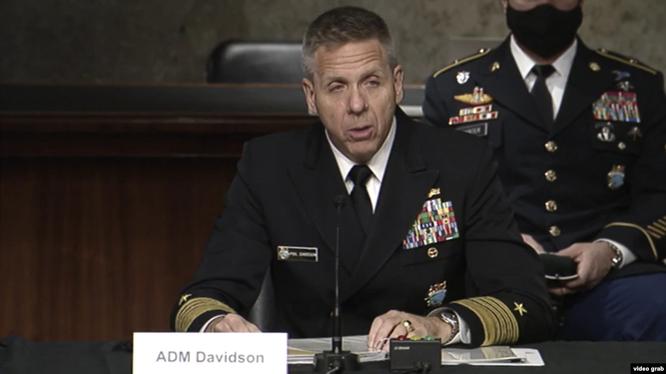 Đô đốc Phil Davidson báo cáo trước Ủy ban Quân lực Thượng viện hôm 9/3 (Ảnh: VOA).