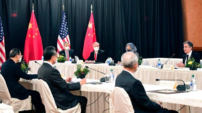 Đối thoại chiến lược cấp cao Mỹ - Trung lần đầu tiên dưới thời Joe Biden đã hoàn toàn thất bại (Ảnh: AP).