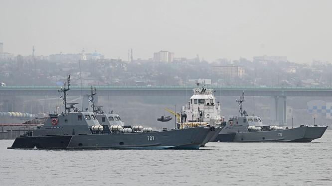 Eo biển Kerch đã bị Nga phong tỏa (Ảnh Đa Chiều).