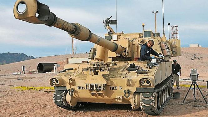 Loại pháo tự hành M-109A6 Mỹ sắp bán cho Đài Loan (Ảnh: Đông Phương).
