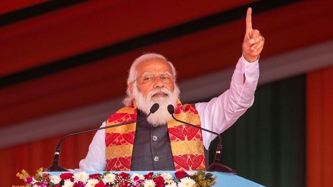 Thủ tướng Modi trở thành mục tiêu bị giới y té chỉ trích vì đai dịch COVID-19 mất kiểm soát ở Ấn Độ (Ảnh: Đa Chiều).