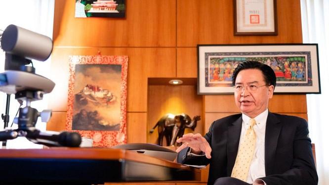 Ông Ngô Chiêu Nhiếp: Đài Loan đang chuẩn bị đối phó với một cuộc tấn công quân sự (Ảnh: Đa Chiều).