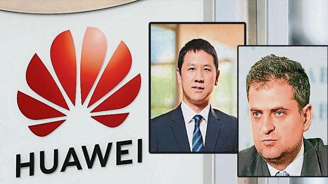 Vương Vĩ Tinh (trái) và Piotr Durbajlo bị Tòa án Warsaw đưa ra xét xử vì cáo buộc làm gián điệp cho Trung Quốc (Ảnh: Guangming).