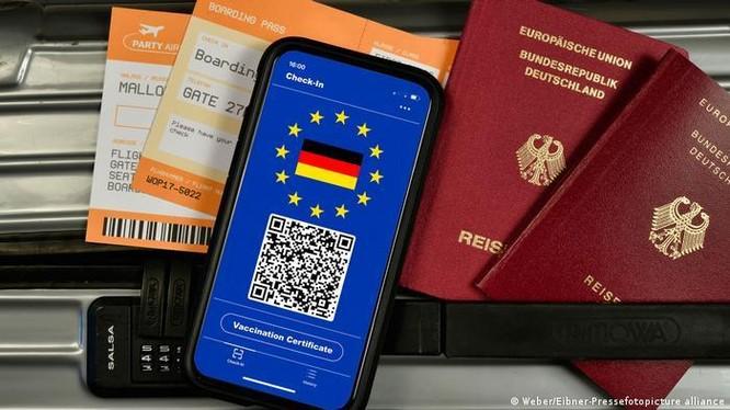 Từ 1/7/2021, EU thực hiện Visa vaccine nhưng du khách Trung Quốc dù đã tiêm vaccine vẫn không được phép nhập cảnh (Ảnh: Deutsche Welle).