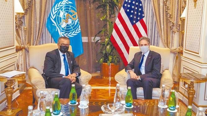 Ngày 29/7, khi gặp Tổng giám đốc WHO tại Kuwait, Ngoại trưởng Mỹ Antony Blinken khẳng định Mỹ ủng hộ kế hoạch truy xuất nguồn gốc SARS-CoV-2 giai đoạn 2 của WHO (Ảnh: chinatimes).