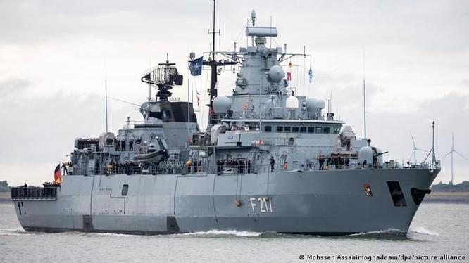 Tàu hộ vệ Bayern đã khởi hành hôm 2/8 tới khu vực Ấn Độ - Thái Bình Dương và tiến vào Biển Đông (Ảnh: Deutsche Welle).
