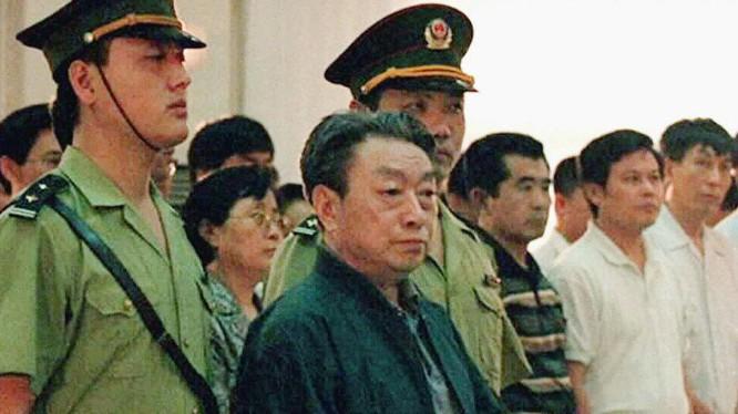Bí thư thành ủy Bắc Kinh Trần Hy Đồng bị xét xử tại tòa án (Ảnh: Tân Hoa xã).