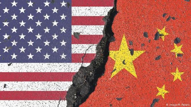 Quan hệ Mỹ - Trung hiện đang ở vào tình trạng rạn nứt nghiêm trọng (Ảnh: Deutsche Welle).