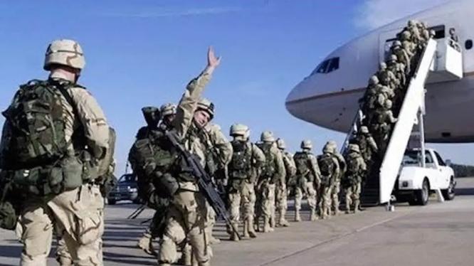 Mỹ vội vã rút quân khỏi Afghanistan dẫn đến sự sụp đổ của chính phủ Kabul và Taliban quay lại nắm quyền (Ảnh: AP).