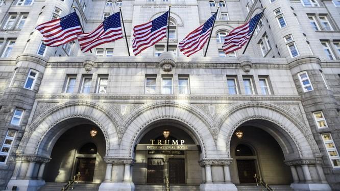 Khách sạn Quốc tế Trump tại Thủ đô Washington tiêu tốn của Tổng thống Mỹ 200 triệu USD phí tu bổ vào năm 2016. Nguồn: CNN