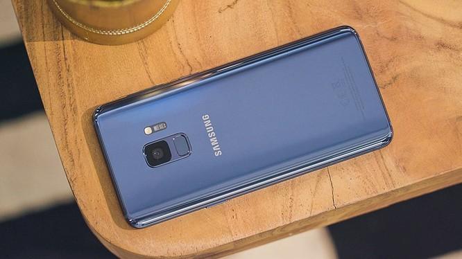 Thiết kế đẹp chỉ là một trong nhiều ưu điểm của Galaxy S9. Nguồn: Android Pit