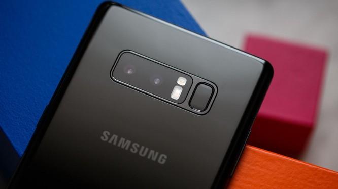 Samsung là một trong những thương hiệu smartphone ăn khách nhất thế giới. Nguồn: CNET
