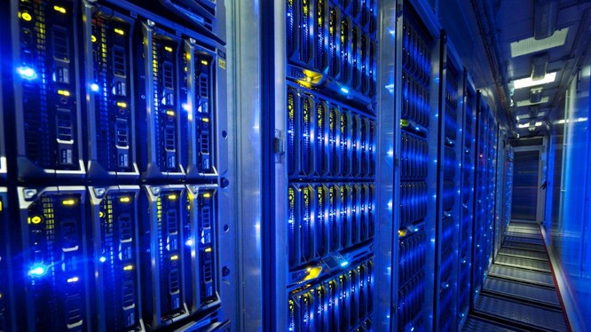"""Khoảng 600 máy đào Bitcoin trị giá 2 triệu USD đã """"bốc hơi"""" khỏi các cơ sở dữ liệu của Iceland trong vài tháng qua. Nguồn: Crosscut"""