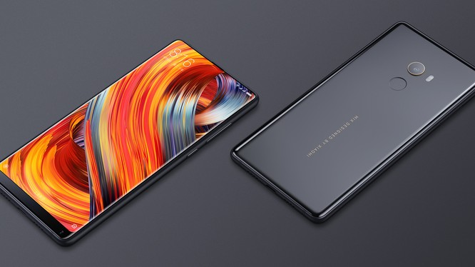 "Xiaomi Mi Mix 2s vẫn giữ nét thiết kế ""bắt mắt"". Nguồn: Xiaomi"