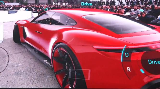 Chỉ chút nữa chiếc Porsche Mission E. đã lao vào đám đông. Nguồn: Huawei