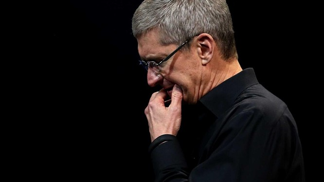 CEO Apple, Tim Cook đã nỗ lực không ít để dàn xếp căng thẳng giữa Mỹ và Trung Quốc. Ảnh: CNBC