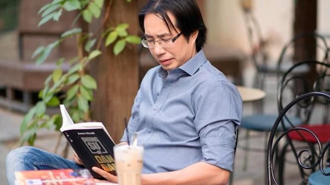 Nhà báo Trương Anh Ngọc (ảnh: báo Lao động)