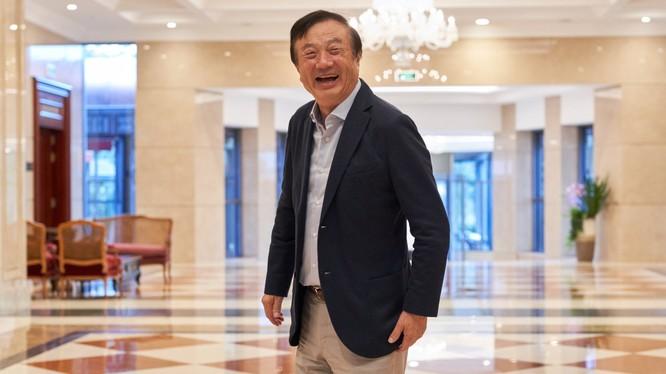 Ông Nhậm Chính Phi tại trụ sở Huawei ở Thâm Quyến, Trung Quốc. Ảnh: Bloomberg.