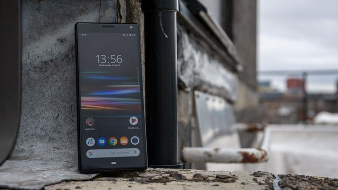 Sony Xperia 10. (ảnh: ExpertReviews)
