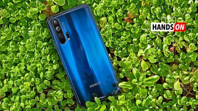 Huawei Honor 20 Pro. Ảnh: Gizmodo