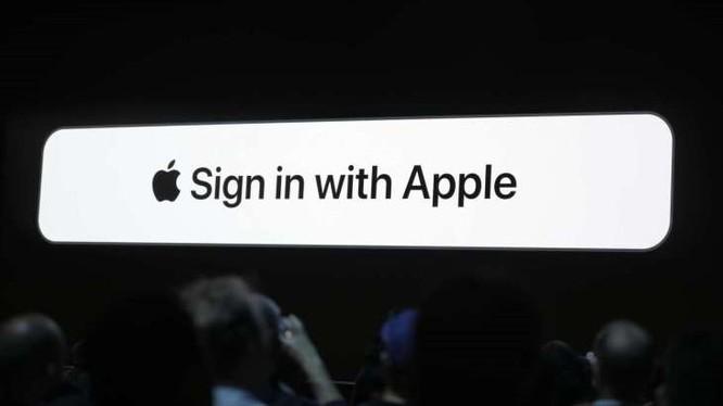 """Sign In with Apple được """"Táo khuyết"""" giới thiệu lần đầu tại WWDC19. Ảnh: TechCrunch"""