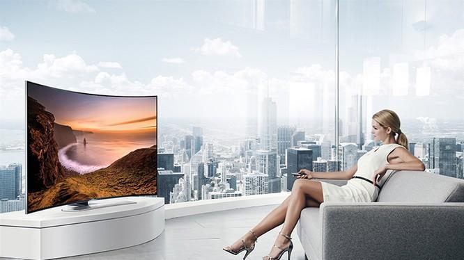 TV màn hình cong ngày càng được ưa chuộng.