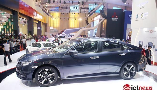 Honda Civic chính thức chốt giá 950 triệu đồng