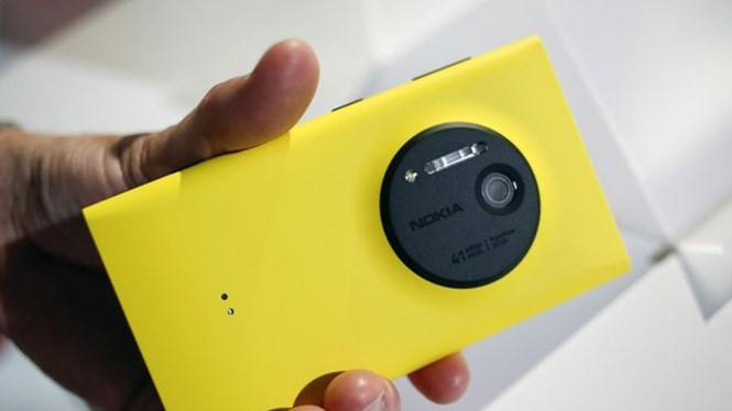 Đã hơn 3 năm, chưa có smartphone nào trang bị camera độ phân giải vượt mặt Lumia 1020